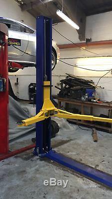 2 POST LIFT CAR / VEHICLE RAMP/ HOIST 4 TON NEW £999 18 month warranty