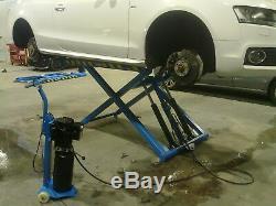 Mobile car scissor liftCAR LIFT, MID RISE, SCISSOR, MOBILE