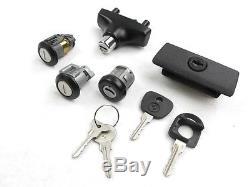 Schloßsatz BMW E30 mit ZV, komplett NEU incl. 4x Schlüssel, SET